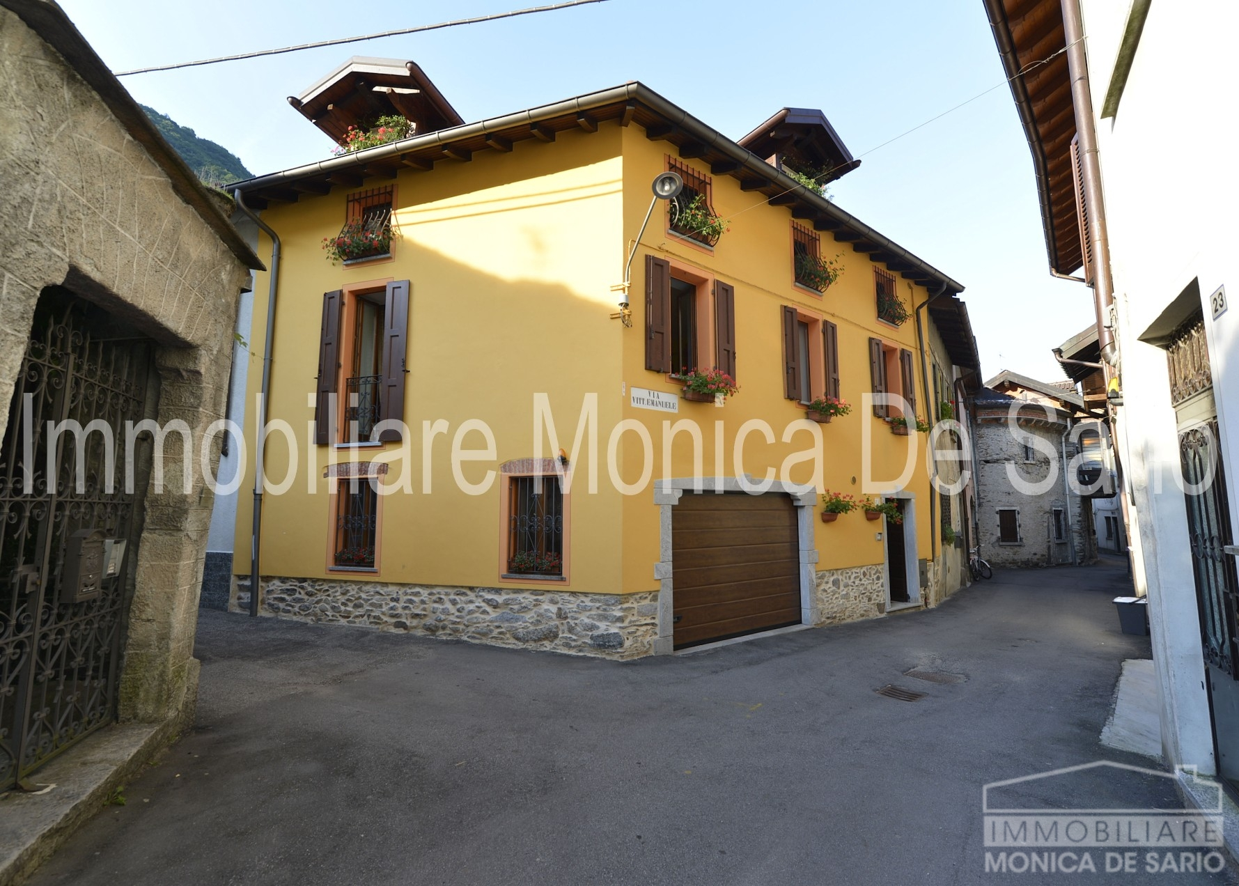 Houses / Villas Cannobio
